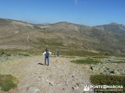 Travesía por la Sierra de la Maliciosa - Senderismo Madrid; tours a madrid